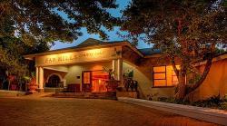Far Hills Hotel & Conference Centre